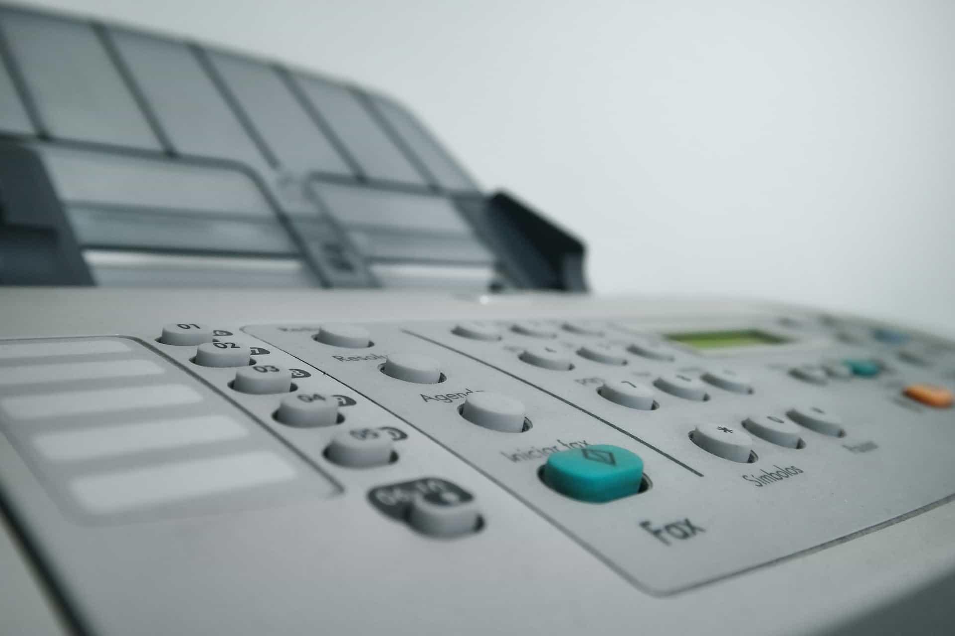 Faxgerät: Bild von Klaus Aires Alves auf Pixabay.